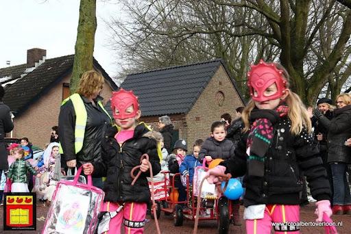 carnavalsfeest op school 08-02-2013 (22).JPG