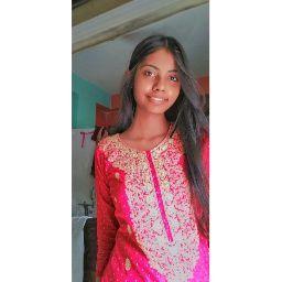 user Karishma Singh apkdeer profile image