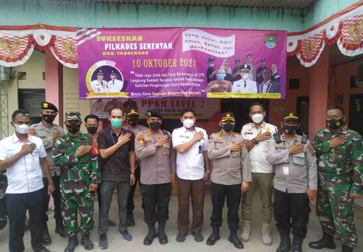 Dirpamobvit Bersama Kabidkeu Polda Banten, Pastikan Keamanan Pilkades di Wilkum Polsek Cisoka Tangerang