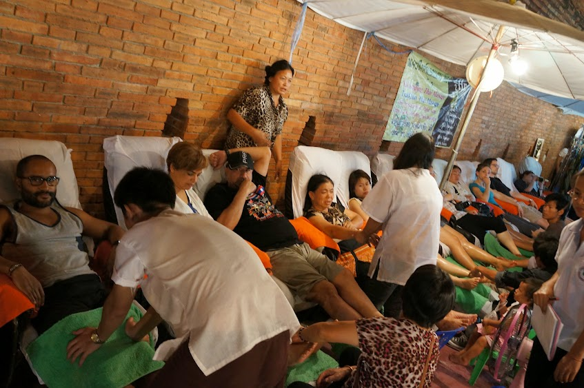 Chiang Mai night market massage