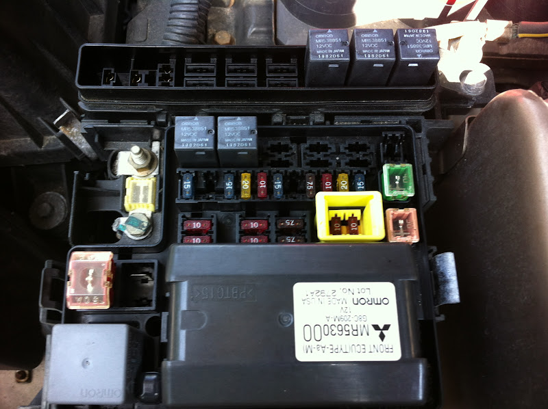 IMG_0172 question about relay positions 2002 mitsubishi galant fuse box location at webbmarketing.co