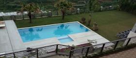villadbandung_villa istana bunga kolam renang