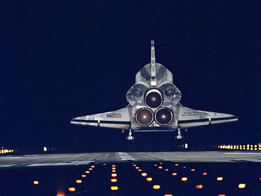 Night Landing, STS-72 Mission, Endeavour.jpg