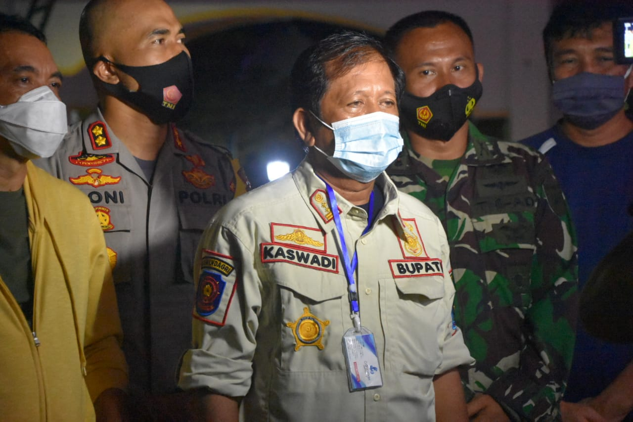Kapolres Soppeng, Bupati dan Forkopimda Kujungi Korban Gempa Mamuju Sulawesi Barat