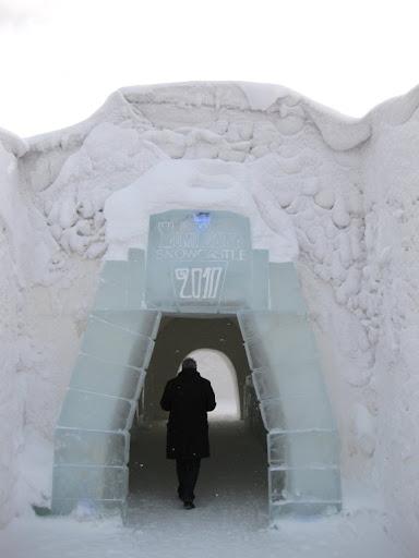 Sneeuwkasteel entree 2