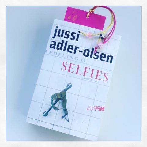 jussi adler olsen selfies anmeldelse