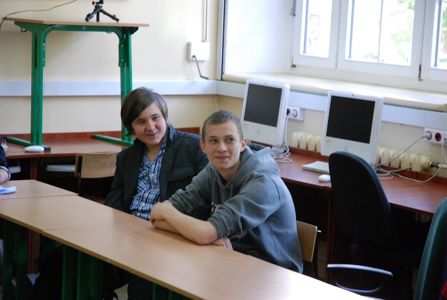 Warsztaty dla uczniów gimnazjum, blok 5 18-05-2012 - DSC_0165.JPG