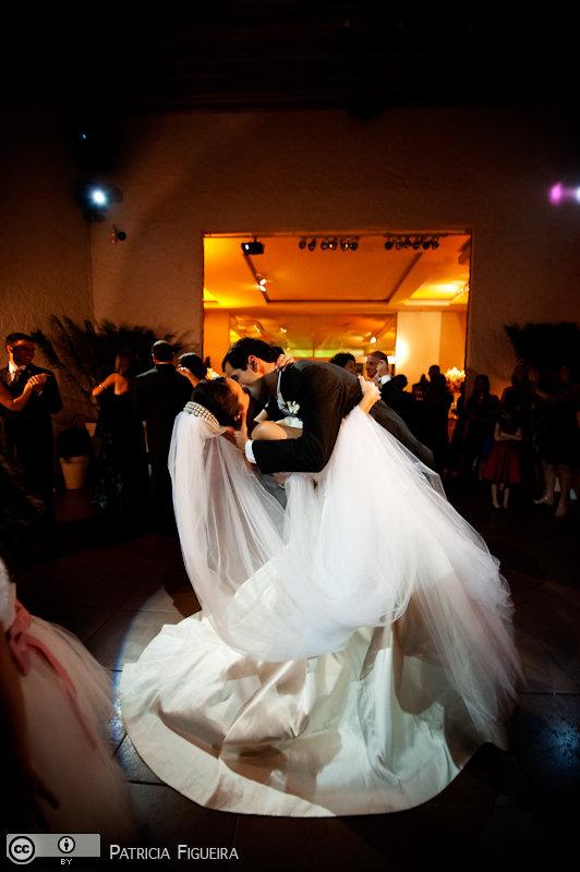 Foto de casamento 1753 de Nathalia e Fernando. Marcações: 04/12/2010, Casamento Nathalia e Fernando, Niteroi.