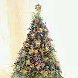 L3) 2013 Christmas arrangement.