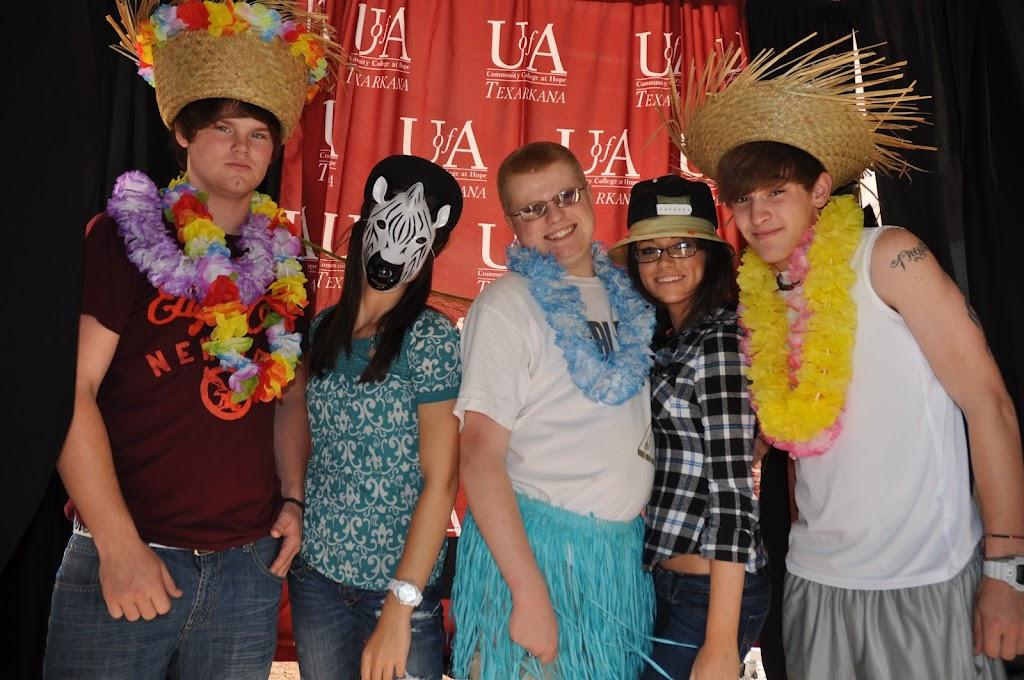 Genoa Central, Fouke, and Arkansas High visit UACCH-Texarkana - DSC_0106.JPG