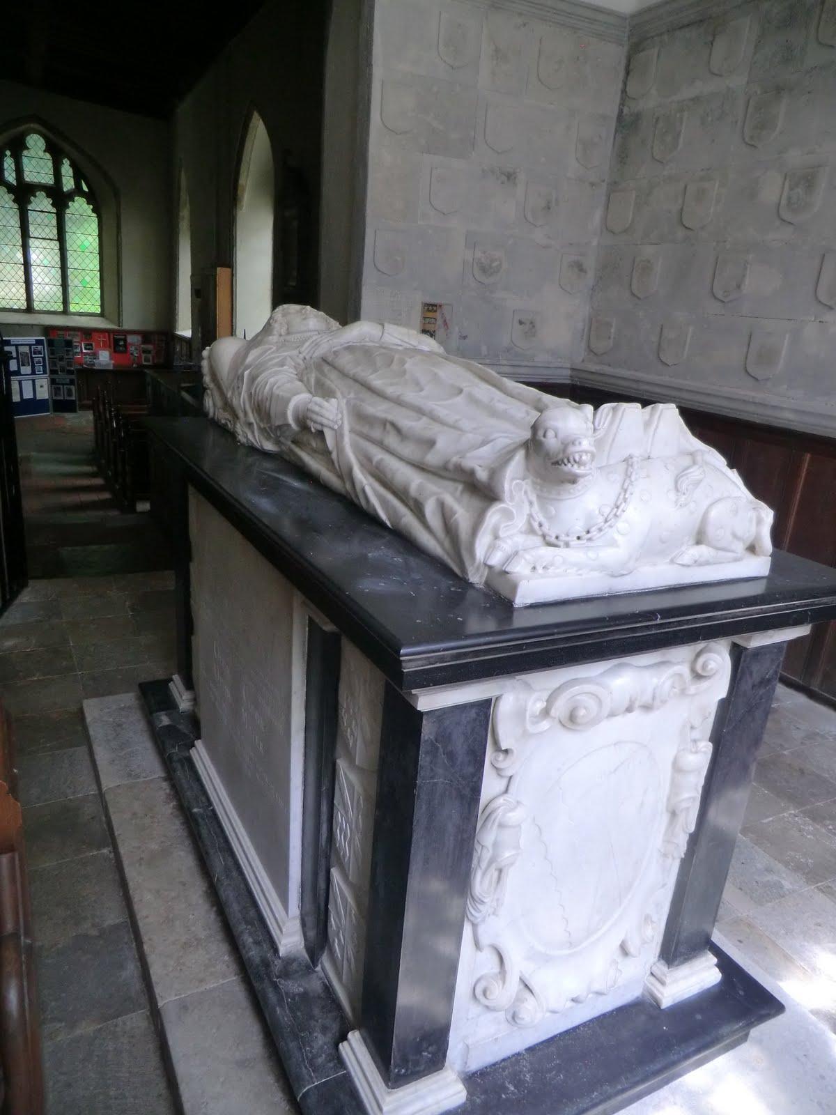 CIMG2579 Lady Elizabeth tomb chest in the Culpeper Chapel, All Saints church