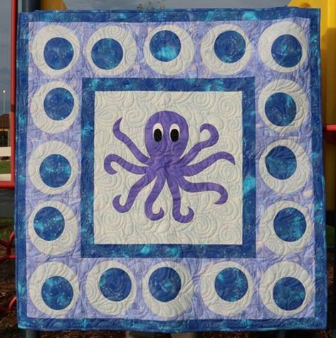CLS120 FunThreads Desings Octopus Lovin