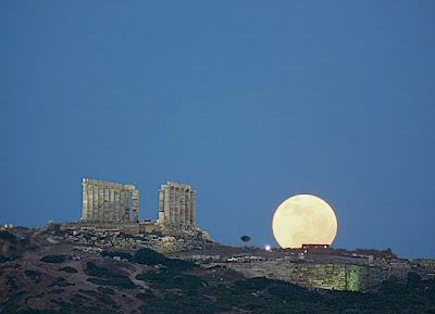 今年5月5日も月と地球が最接近する現象「スーパームーン(SuperMoon)」