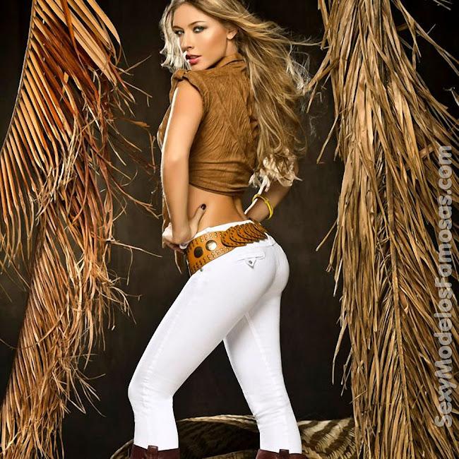 Erika Botero Sexy Komodo Jeans Foto 10