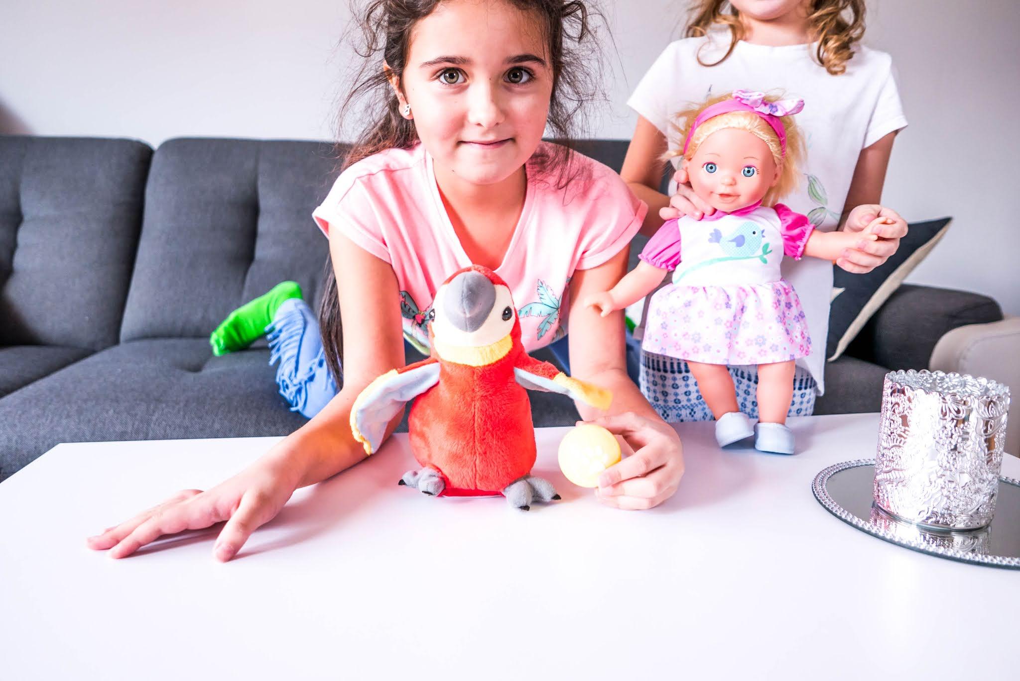 Dlaczego warto kupić dziecku interaktywne zabawki?
