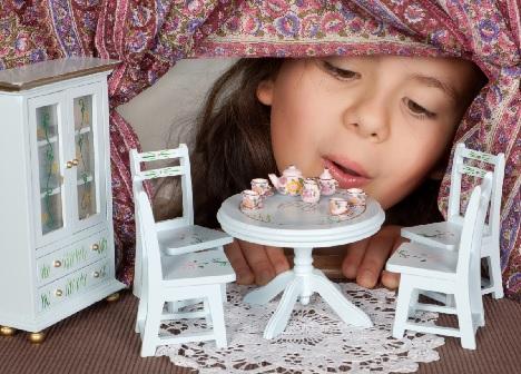 Poppenhuizen tentoonstelling in Rijswijk