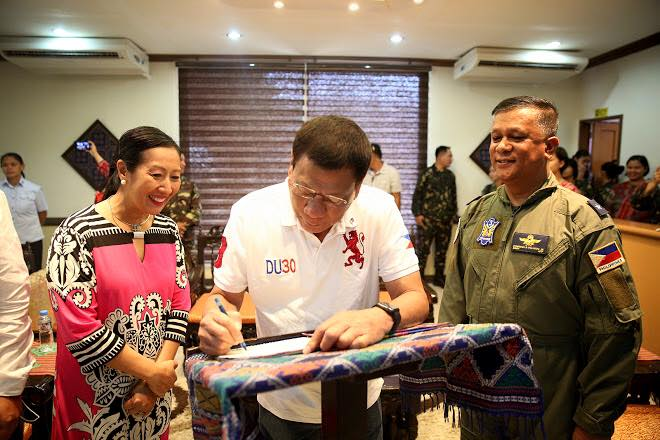 Image of President Duterte not only captured the hearts and minds of his supporters from Basilan and Zamboanga City but even those of his perceived enemies like Mayor Beng Climaco who publicly campaigned against Duterte in the previous election.