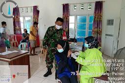 Kehadiran Babinsa juga Untuk Memastikan Kelancaran Dan Ketertiban Pelaksanaan Vaksinasi Bagi Warga