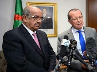Martin Kobler s'entretient à Alger avec Abdelkader Messahel.