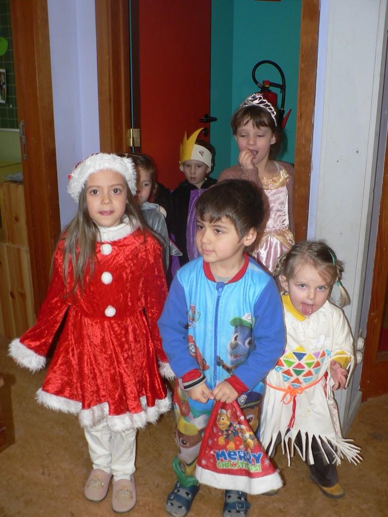 Carnaval in leefgroep 1 - P1250593.JPG