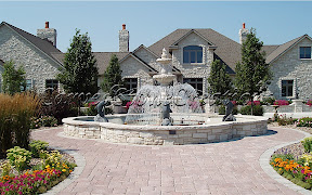 Exterior, Fountains, Tiered
