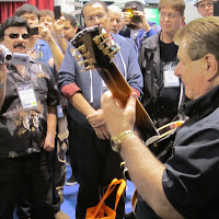 Crowd-NAMM-57