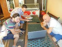 Zajlik a műhelymunka, a képen Németh Zoltán és csapata.JPG
