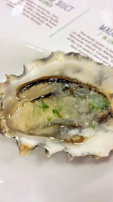Fanny Bay oyster (paired with Louis Latour Duet Chardonnay-Viognier)