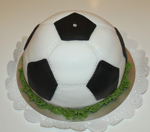 996- Voetbal Taart bal.JPG
