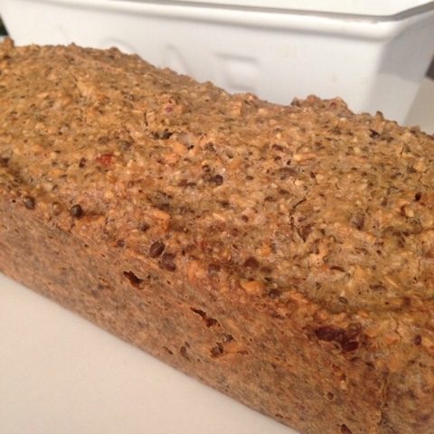 Low carb nut and seed bread the vegetarian atkins diary for Atkins cuisine bread