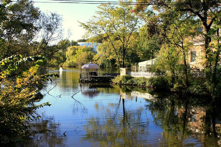 Lake Club at Clove Lake Park