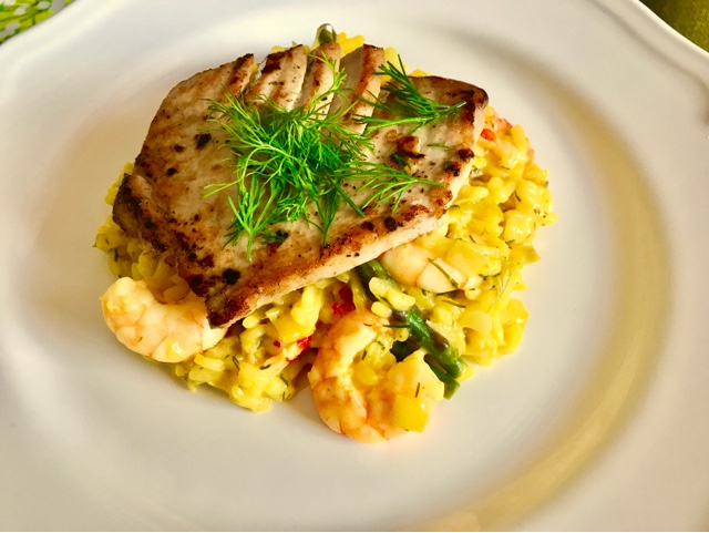 Risotto alla pescatora - Risotto with prawns, crayfish and saffron.