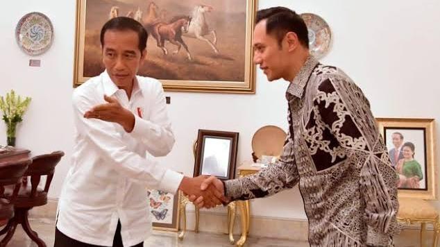Gerilya AHY Bertemu Jokowi Dinilai Jadi Kode Demokrat Masuk Pemerintahan.