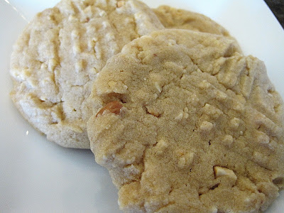 A close up of two peanut butter cookies