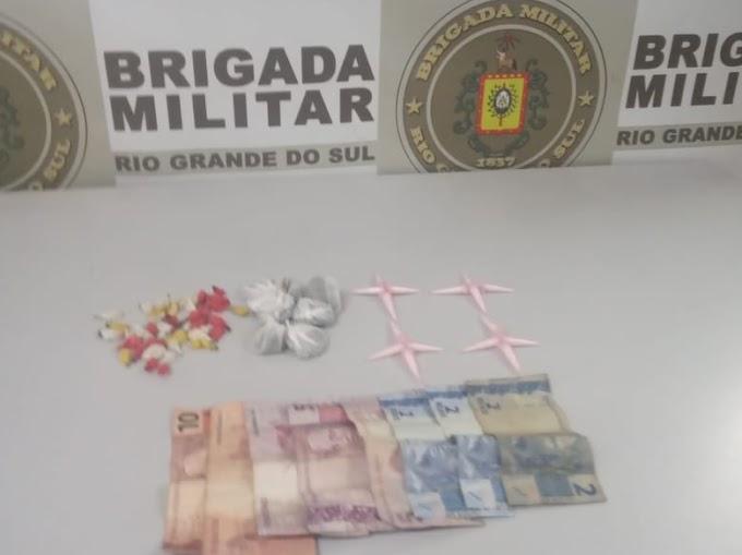 Homem de 25 anos é preso por tráfico de drogas no Rincão da Madalena em Gravataí