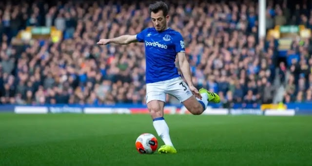 Leighton Baines Retires From Football.