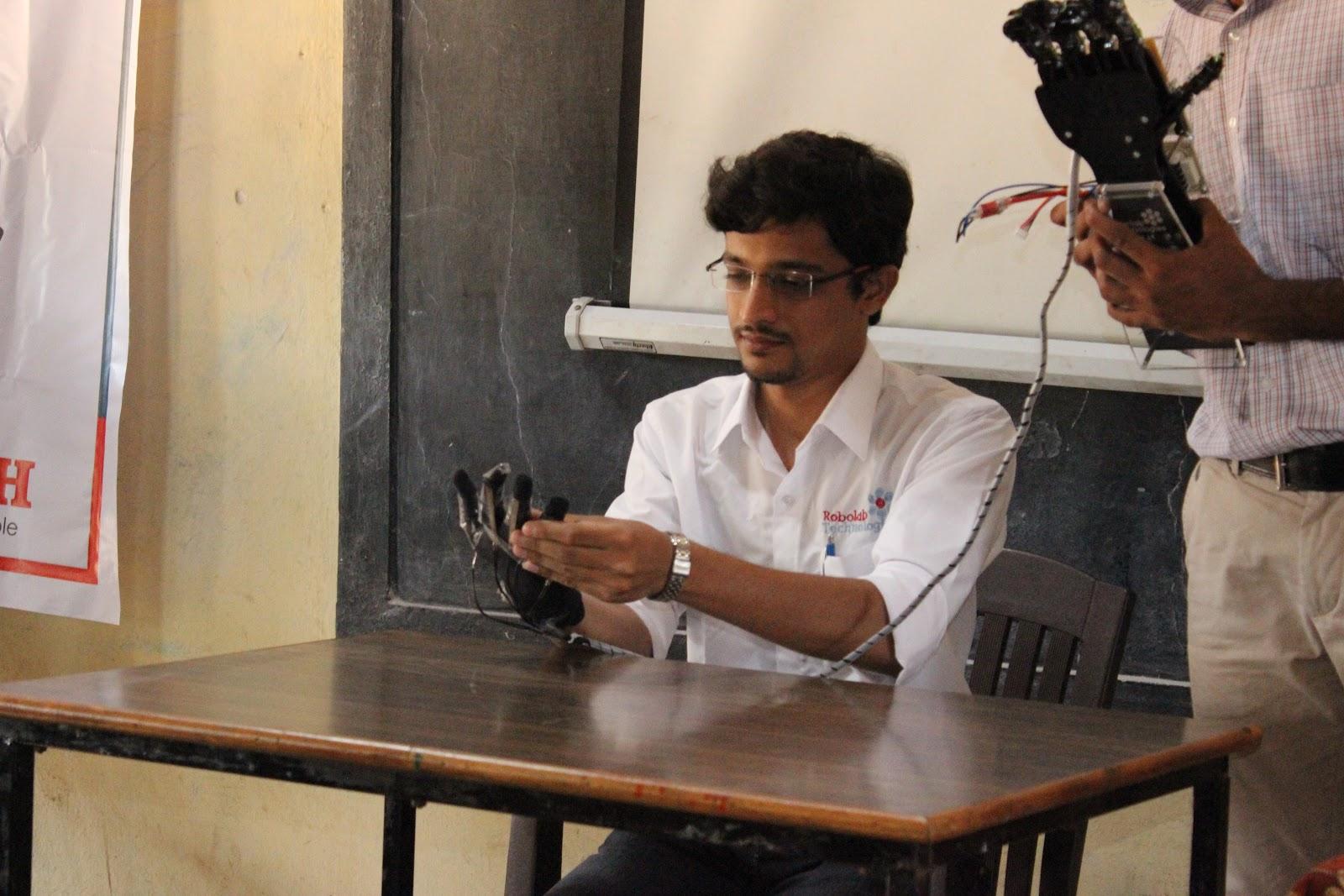 RoboTech Kolhapur Robolab (15).jpg