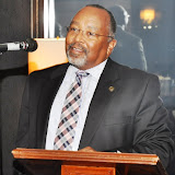 Sept. 2011: MAC Hosts NFBPA President & Executive Director - DSC_0069.JPG