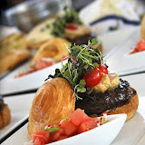 Burger Brawl 2012 - greektown_casino_burger.jpg
