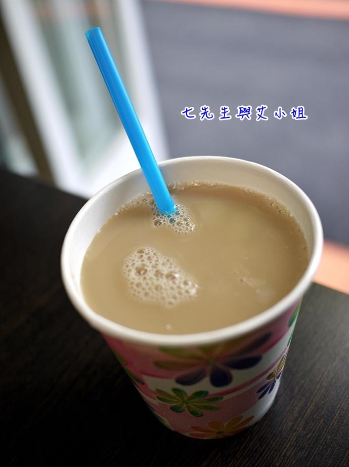 9 碧潭無名早餐店