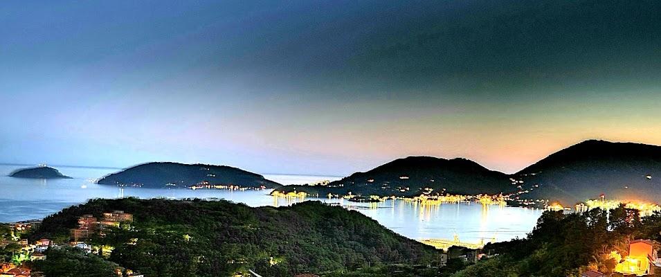 La notte sul golfo dei poeti di Giuseppe Nicosia