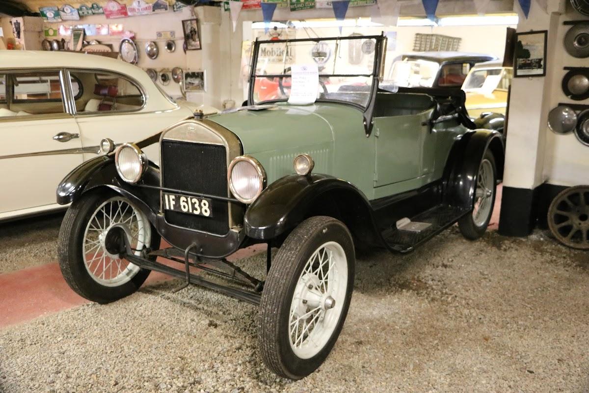 Kilgarvan Motor Museum 0014.JPG