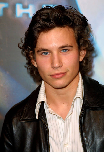 Jonathan Taylor Thomas Profile pictures, Dp Images, Display pics collection for whatsapp, Facebook, Instagram, Pinterest.