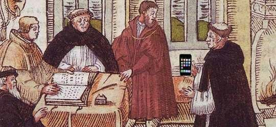 Martin Luther with iPhone