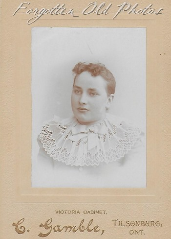 Ettie Oakes Craigs