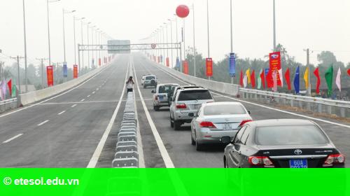 Hình 1: Mở rộng hạ tầng giao thông tại khu đô thị Royal City