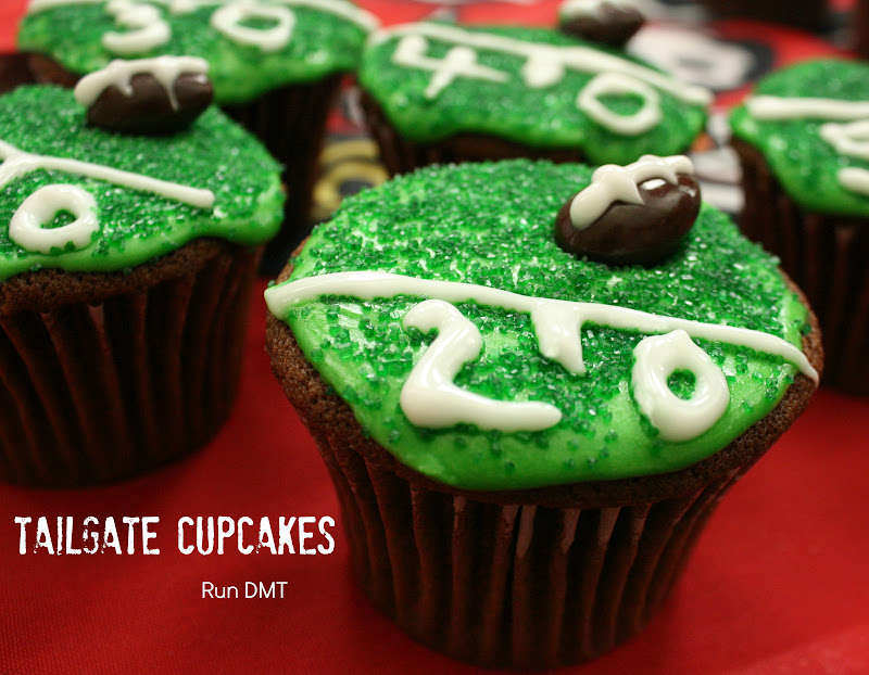 20yardcupcake Are You Ready for Some Football and Tailgate Cupcakes?