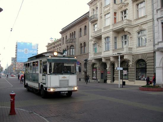 Łódź - tramwaj na kołach do manufaktury