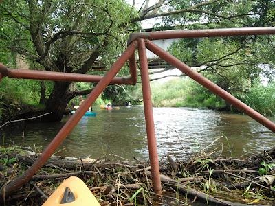 W tym trójkącie najlepiej można było się przebić przez ten mostek