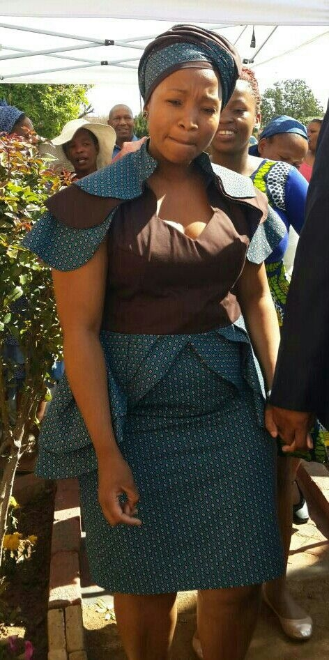SHWESHWE DRESSES : TOP SHWESHWE AND AFRICAN FASHION - African Hairstyles